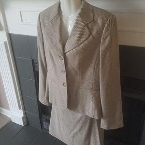 Two Peice Brown Plaid Suit 8